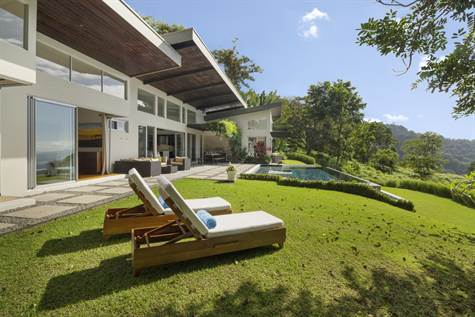 Villa Luna Dominical Home for sale