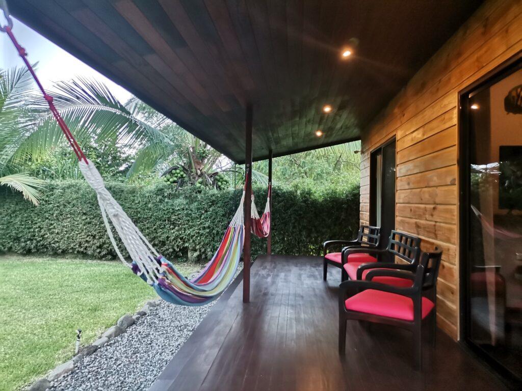 casa-florida-outdoor-deck