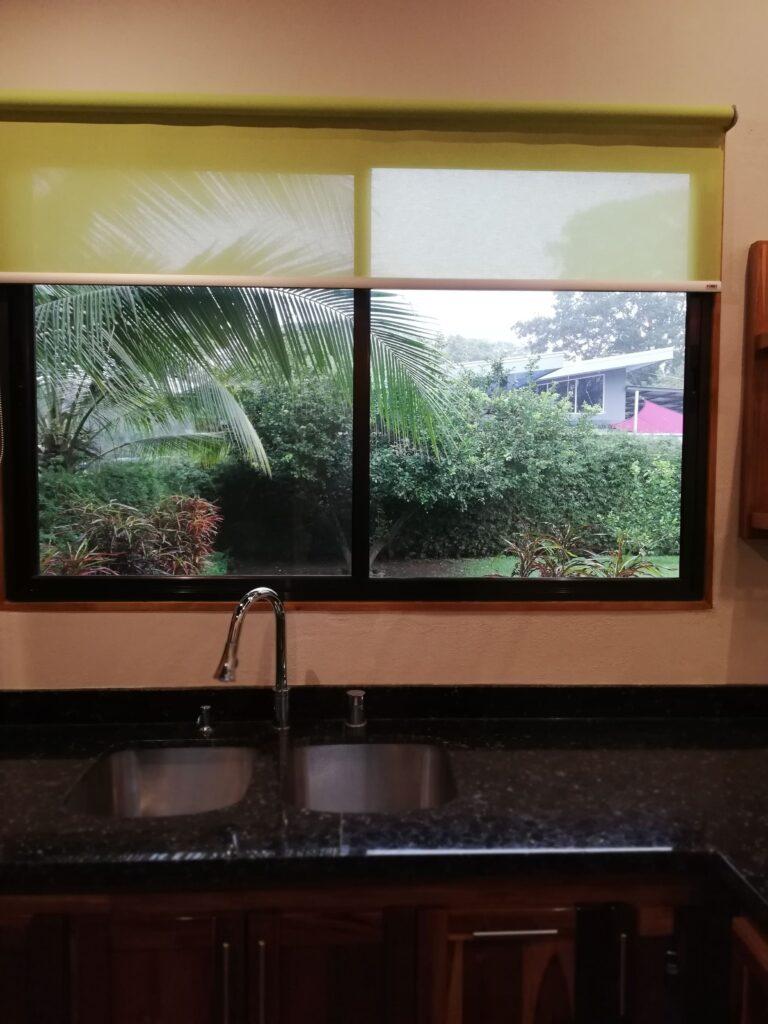 casa-florida-home-for-rent-uvita-costa-rica-kitchen-window