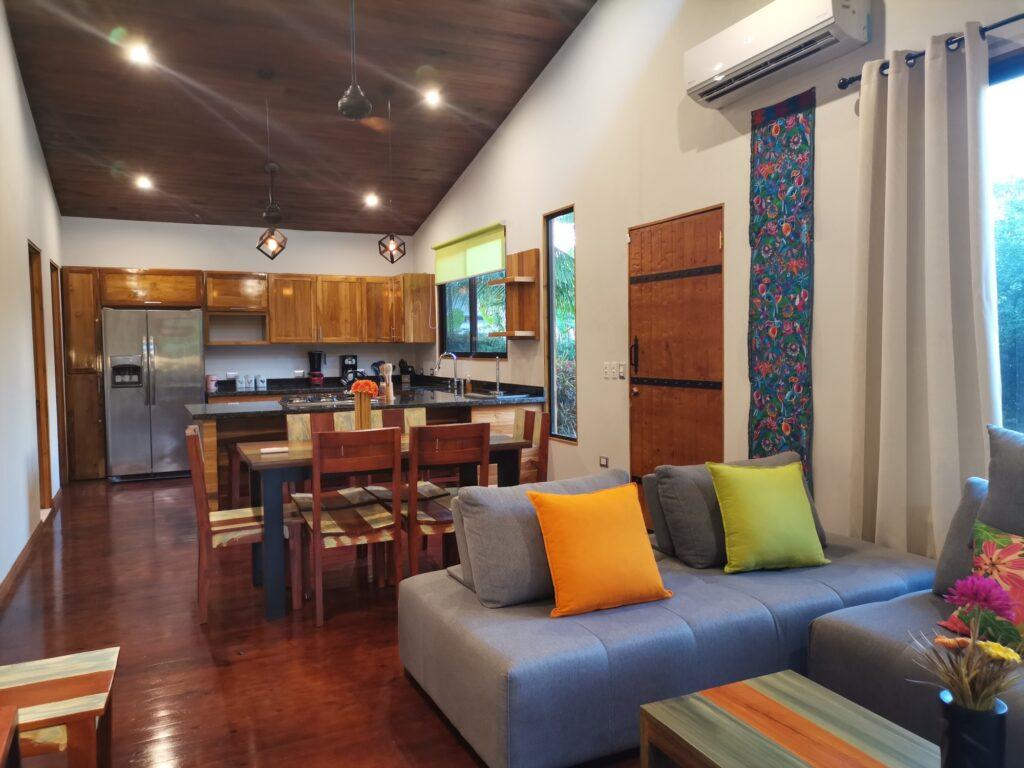 casa-florida-main-living-area