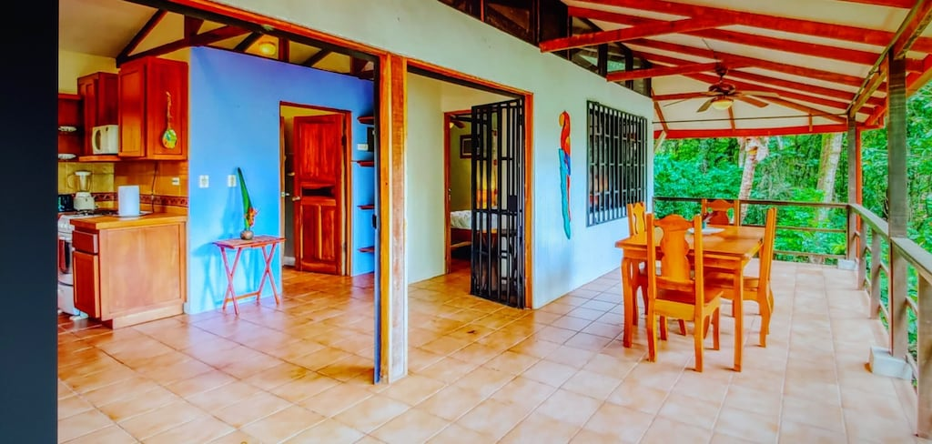 lu-dawson-property-management-costa-rica-casa-rose-home-for-rent-dominical-apartment-balcony