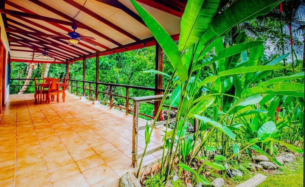 lu-dawson-property-management-costa-rica-casa-rose-home-for-rent-dominical-veranda
