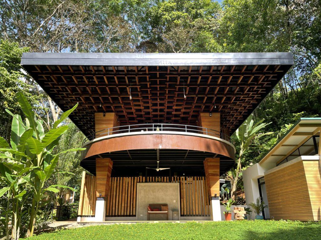 Akka Institute in Ojochal, Costa Rica - Architectura Proponiendo Ideas en el Sur